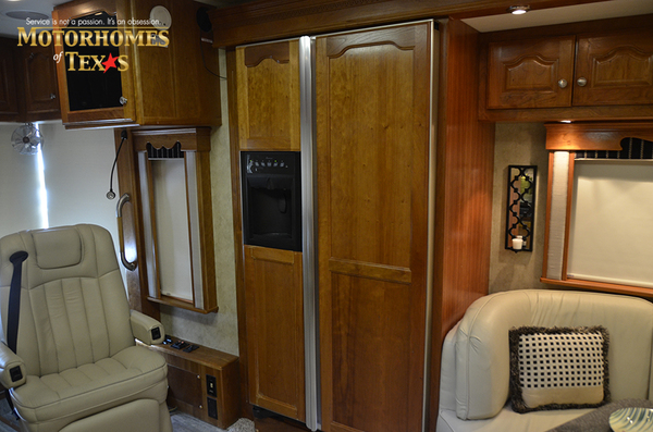 C2148 2008 country coach allure 2427