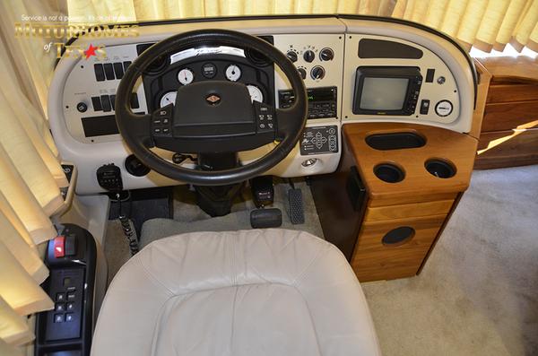 C2107a 2003 fleetwood american tradition 3883