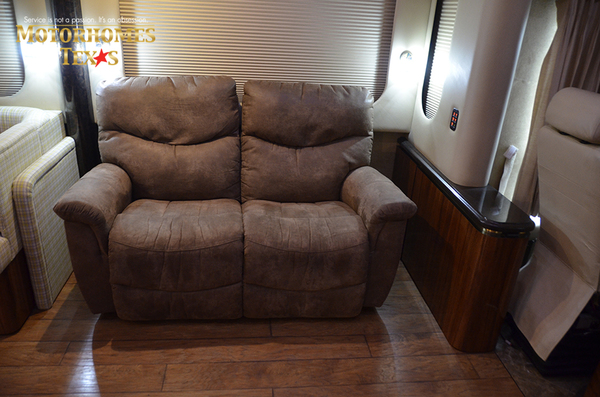 P1296 2008 newel 4155