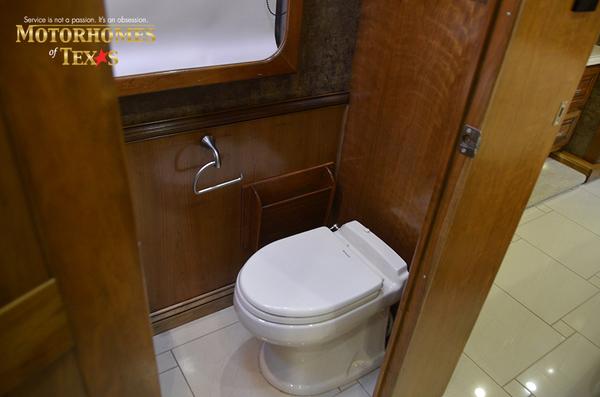 C2198 2012 tiffin allegro bus 4926