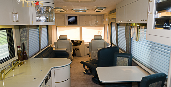 Vogue V on newell motor coach luxury motorhomes