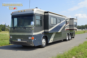 2003 Country Coach Allure 40 Cascade