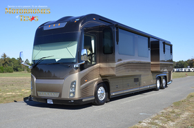 2008 Newell Coach 45' Rear Bath