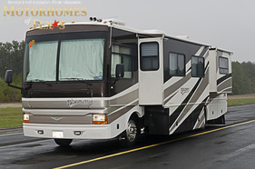 2003 Fleetwood Discovery 38'