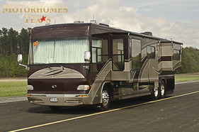 2005 Country Coach Intrigue 40'