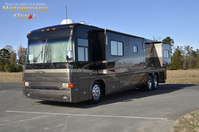 2003 Country Coach Intrigue 40'