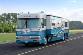 1999 Country Coach Affinity 40
