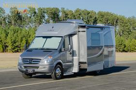 2013 Leisure Travel Vans Unity 24