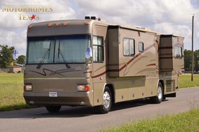 2002 Country Coach Allure 36