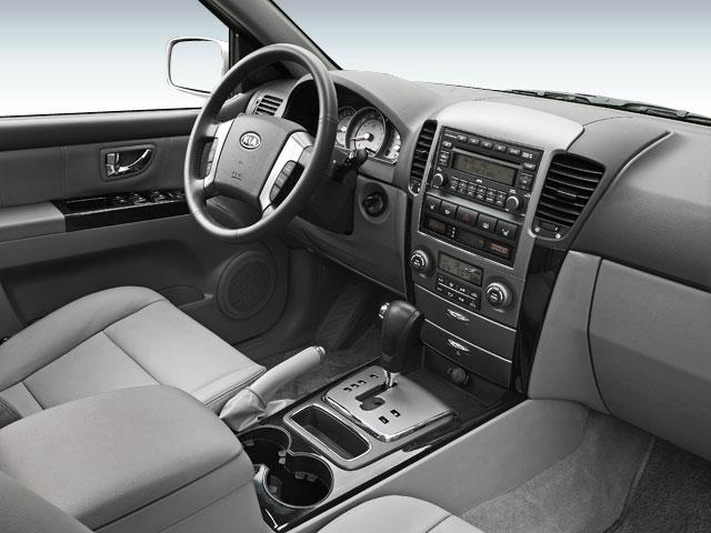 2008 Kia Sorento Interior