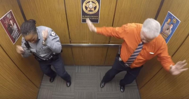 Police officers do justice to Silento by Nae Nae-ing in their elevator