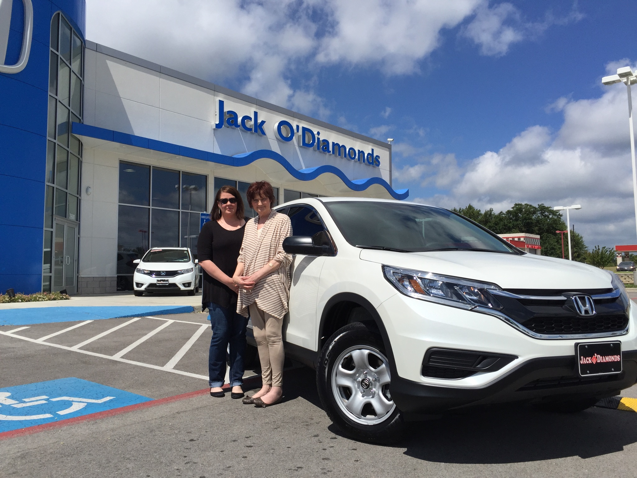 Congratulations to Evelyn Hilton on her new 2015 Honda CRV!