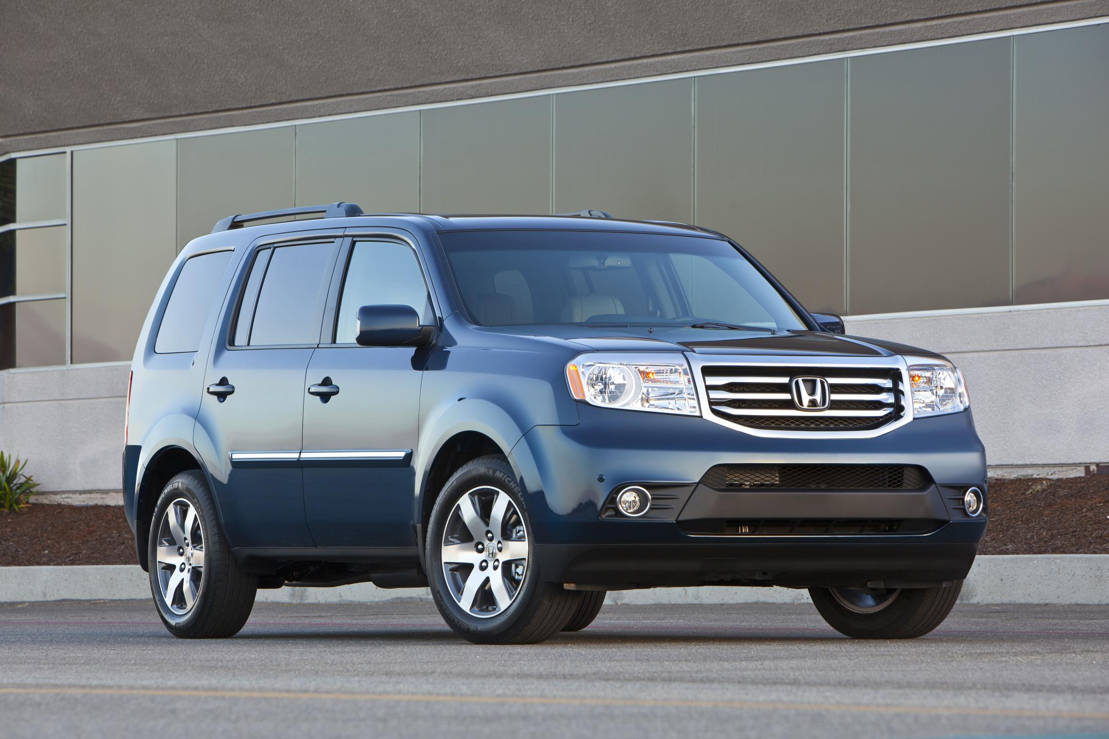 Forget 2016: Is Now The Time To Buy A 2015 Honda Pilot? Many Thousands Say It Is