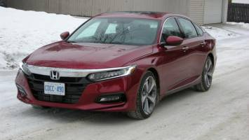 2018 Honda Accord Touring punches above its price range