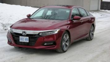 2018 Honda Accord Touring punches above its price range