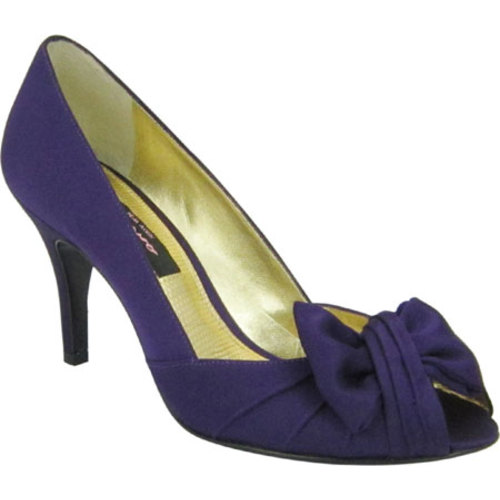 Women's Nina Culver, Size: 5 M, Grape Luster Satin