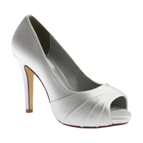 6cd359cd3db  81.95 Buy at shoes.com  Women s Dyeables Bea Peep Toe Pump