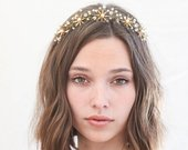 Rustic Gold Star Flower Wedding Crown Brass Flower Headpiece Metal Flowers Pearls and Crystals Boho Wired Gold Tiara Star Hair Jewelry