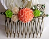 Floral Leaf Hair Comb, Dahlia, Light Pink Green Rose Filigree Hair Comb, Swarovski Crystals, Vintage Style Rustic Hair Comb, Gift for Her