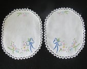 Free Shipping USA Set of 2 Oval White Cotton Doilies Hand Embroidered Flower Ribbon Edging Machine made Lace 4326