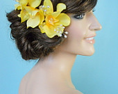 Bridal headpiece in Yellow Floral / Hair comb for wedding or Prom