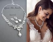 Pearl and Crystal jewelry set, Bib necklace and pearl drop earrings, Swarovski For a Bride Mother of the Bride Statement Wedding Bridal