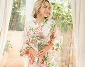 Bridesmaid Floral Robes/ Personalized Robes/ Bridal robes/ Bridesmaid Gifts/ Bridal Party Robes/ Floral Bridesmaid Robe