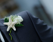 Starfish Boutonniere, Beach wedding boutonniere for Groom and groomsmen