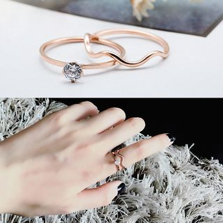 Set of 2: Rhinestone Stainless Steel Ring + Wavy Ring