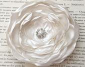 Ivory Bridal Hair Piece.Ivory Flower Brooch.CHOOSE BUTTON/SIZE.Ivory Satin Flower Pin.Ivory Flower Headpiece.Ivory Wedding Flower.Bridal Pin