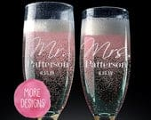 Set of 2, Mr. Mrs. Wedding Champagne Flutes, Personalized Champagne Flute Wedding Favors, Custom Bride and Groom Champagne Glasses, PCG