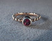 Vintage Sterling Silver Yellow Gold Over Lay Round Garnet Eternity Wedding Band Ring 6.5 Jewelry RL