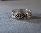 Vintage Sterling silver Raised Relief eternity wedding band ring 8 Jewelry Rl