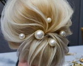 Pearl hair pins set of 5, Bridal ivory bobby hair pins, Wedding pearl headpiece, Large Pearls hair accessories, Gold hair pins