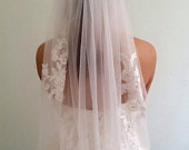 ON SALE 1 tier Fingertip Lace Veil Elbow Lace VeilHip Lace VeilShort Lace Veil1 tier Lace Fingertip Wedding VeilEmbroidery Lace Veil BL