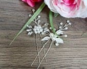 Bridal hair pins Wedding hair pins Silver crystal wedding hair piece Silver wedding hair vine Bridal hair piece Pearl bridal hair vine