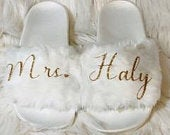 Wedding Slippers Bridal Slippers Personalized Wedding ShoesBridal Slides Bridesmaid Fuzzy Slides White