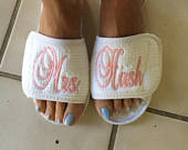 Premium 4 Pair of Personalized Embroidered Spa Slippers Bride, Maid of Honor, Bridesmaids, Mother of Bride, Mother of Groom Monogram Gifts