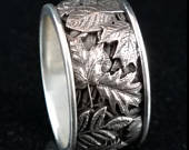 AUTUMN LEAVES Gothic Carved Fall Tree Leaves Band in Antiqued Sterling Silver