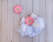 Baby tutu Bloomer,flower headband,gift set,baby girl,photo prop,baby shower gift,baby girl gift,white,pink,floral set,baby outfit