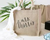 Personalized Burlap Tote Bag Bridal Party Beach Bags, Custom Wedding Totes, Bridesmaid Custom Tote Bags, Beach Canvas Tote BTB06BR