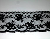 Flat Lace, Black Flat Lace, Gathering Lace with floral pattern, 2 1/4 wide / 5 yards 24, Wedding Trim, Scrapbooking trim L7022