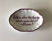 Mottahedeh Porcelain Romans Bible Verse Motto Trinket Soap Dish Ring Tray White Colonial Williamsburg