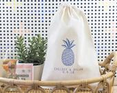 Tropical Wedding Favor Bag Custom Destination Wedding Favors Pineapple Welcome Bags Beach Wedding Favors Tropical Bachelorette Favor