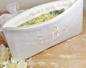 Monogrammed Linen Clutch/Wristlet with Photo Lining Bridesmaid Clutch Natural, Ivory, White, Grey Wedding Clutch