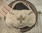 Vintage White and Silver Glass Beaded Purse / Handbag / Clutch