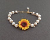 Sunflower Bracelet Sunflower Pearl Bracelet Sunflower Jewelry Fall Wedding Jewelry Bridesmaid Gift for her Sunflower Bridal Jewelry