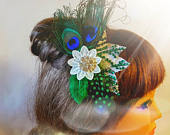 Bridal Peacock Feather hair comb Crystal Blue Green Clip.Romantic feather Fascinator Bridal hairpiece, hair accessory, Peacock feather clip