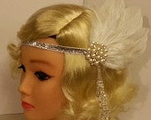 Bridal Fascinator Gatsby headband Vintage inspired 1920s Feather,Crystal Headband Wedding Sparkly Feather Flapper headband. Hair piece.