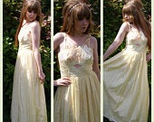Vintage 50s Pale Yellow Peach and Pink Floral Prom Dress Wedding Bridesmaid Lemon Full Skirt